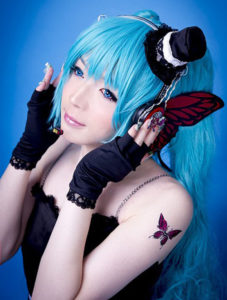 crossplayer-name-unknown-001-20161026